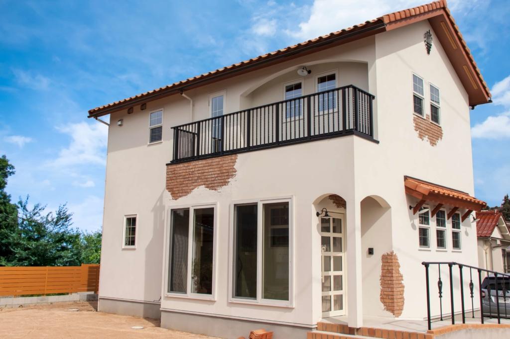 注文住宅を新築または新築分譲住宅を購入